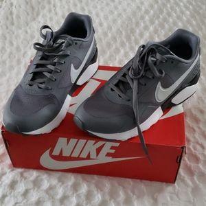 New Nike Pegasus Gray Sneakers